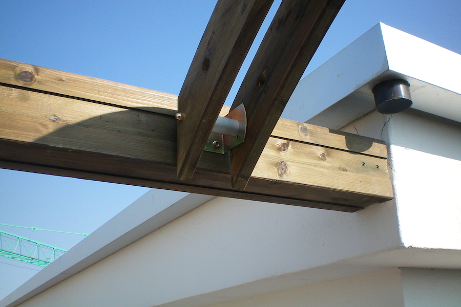 Copertura in legno lamellare per terrazzo - MA.CO. S.a.s. di ...