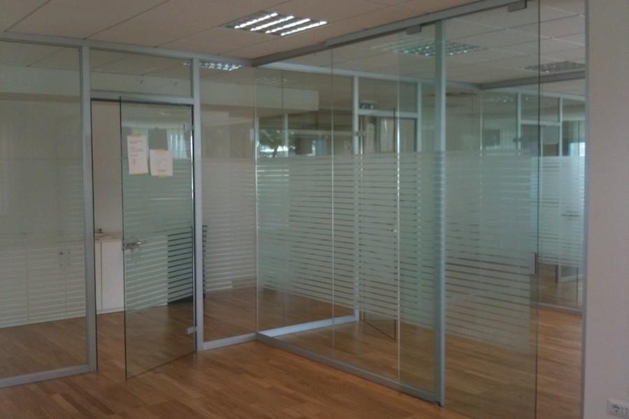 Pareti divisorie in vetro per ufficio ma co s a s di for Pareti per ufficio