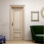 Porta in legno stile antico